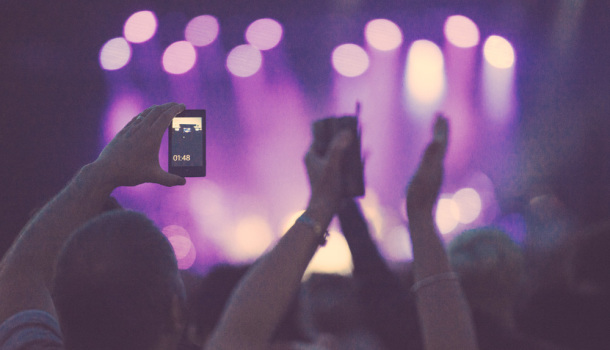 Man's Posterity Thankful He Recorded Entire Damn Concert On iPhone For Their Enjoyment